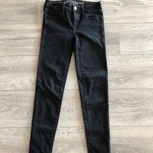 American eagle black stretchy jeans.